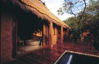 Simbambili Lodge